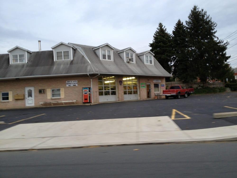 Jeff's Auto Service: 401 E Main St, Macungie, PA