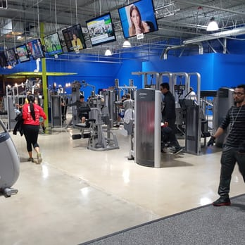 Carol Stream Il >> Charter Fitness 13 Reviews Gyms 806 W Army Trail Rd Carol