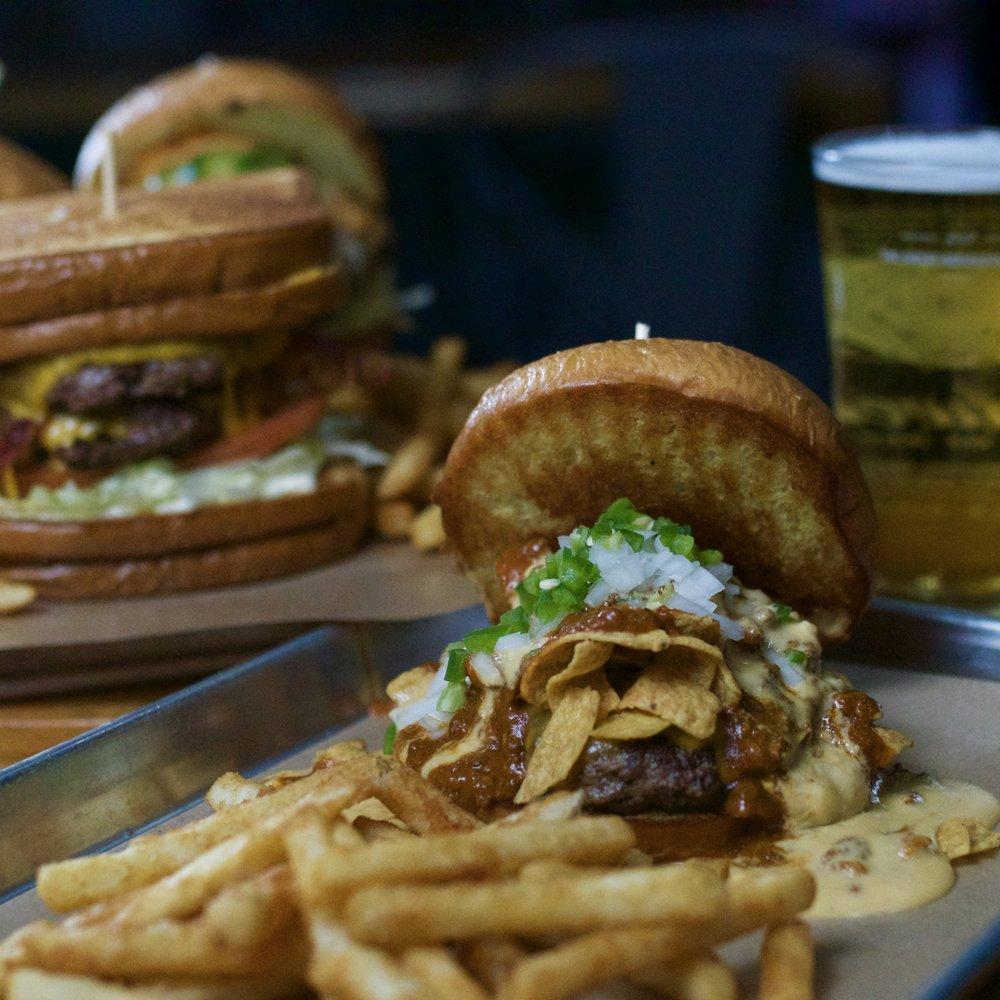 76 Bar & Kitchen: 400 W Nolana Ave, McAllen, TX