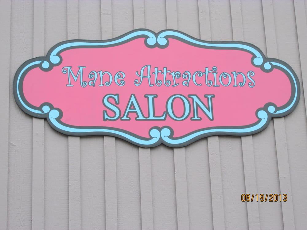 Located between classic burgers and kerrville chiropractic for Attractions salon
