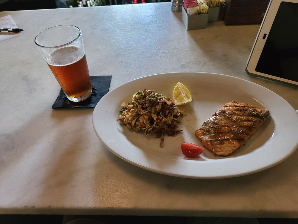 Cork & Pig Tavern: 1407 Knickerbocker Rd, San Angelo, TX