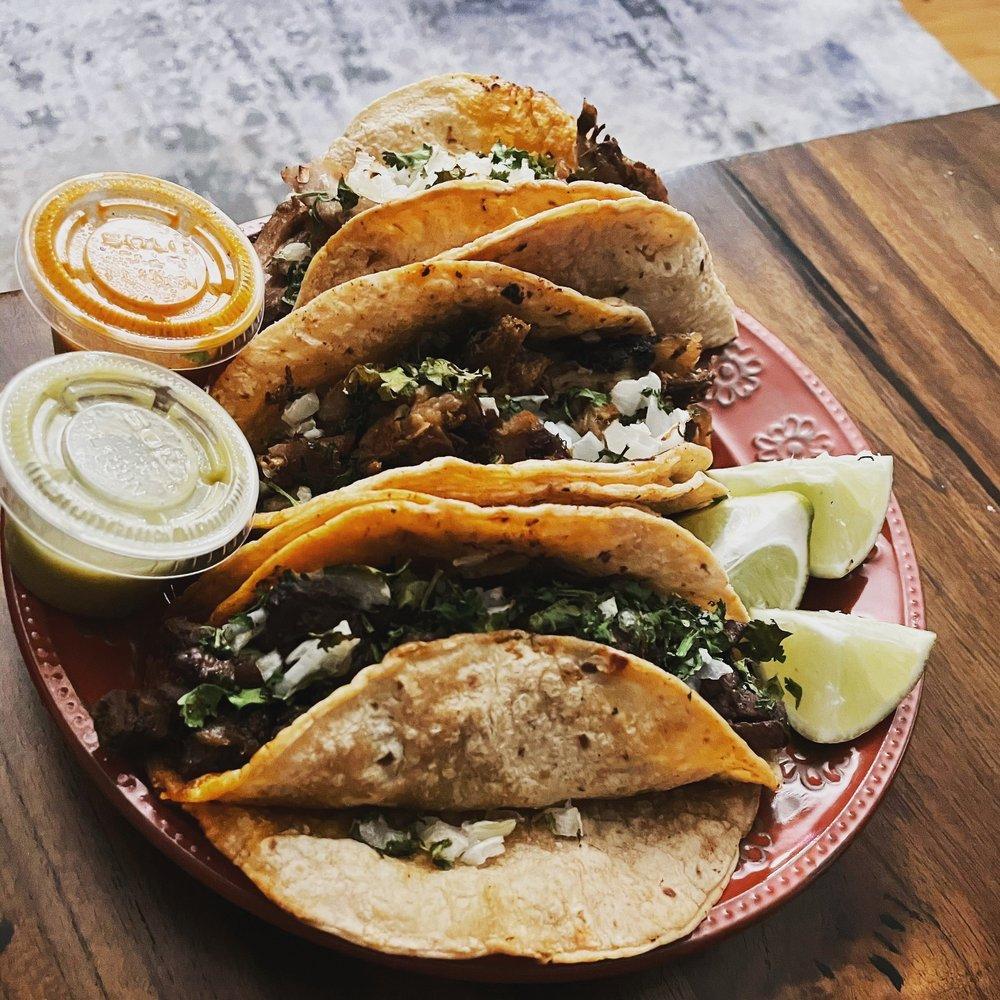Food from Tacos El Mariachi Loco