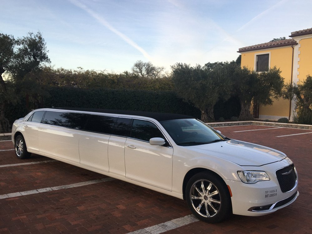 Charmed Limousine Service: 530 Lawrence Expy, Sunnyvale, CA