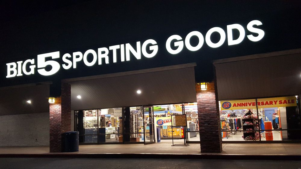Big 5 Sporting Goods: 24314 Swartz Dr, Lake Forest, CA