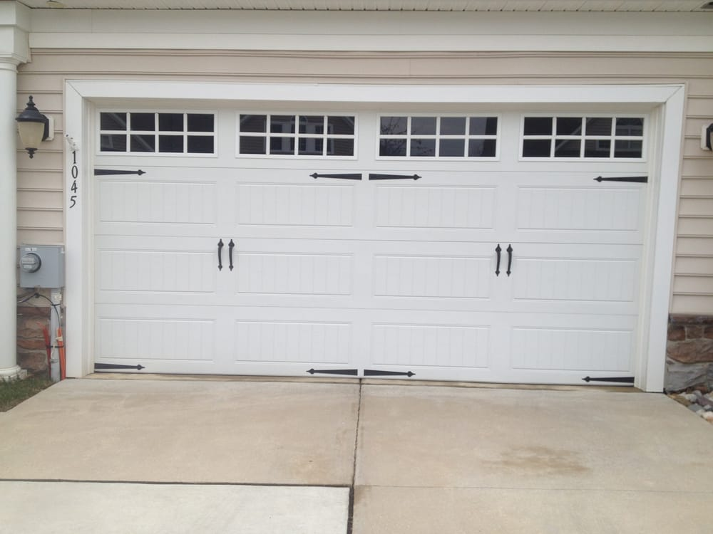 Clopay gallery garage door long panel long square grill for Buy clopay garage doors online