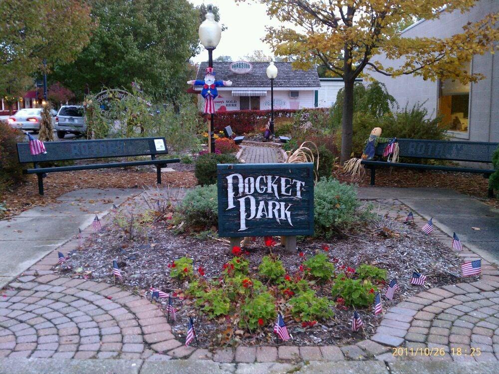 Pocket Park: US 23 Dwight St, Oscoda, MI
