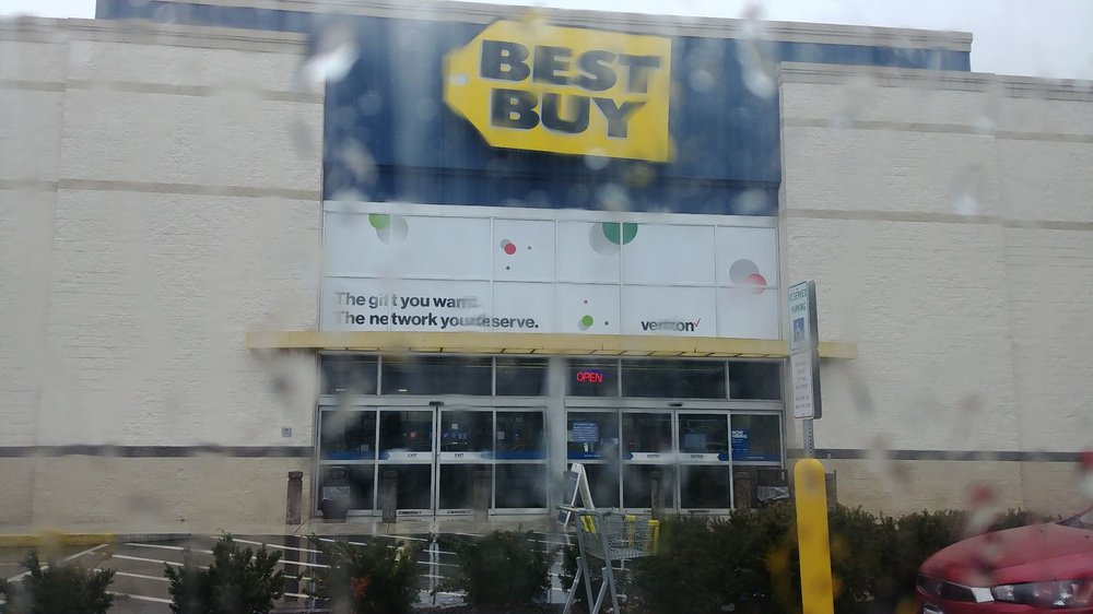 Best Buy - Whitehall: 1504 MacArthur Rd, Whitehall, PA