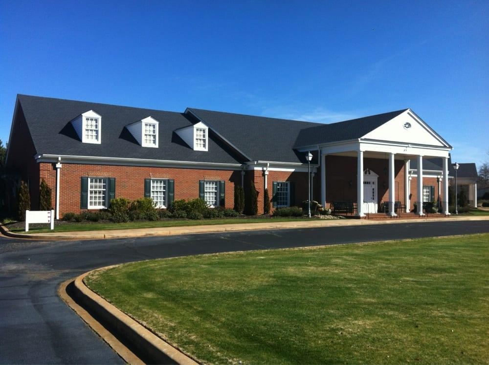 Dillard Memorial Funeral Home: 2402 Gentry Memorial Hwy, Pickens, SC