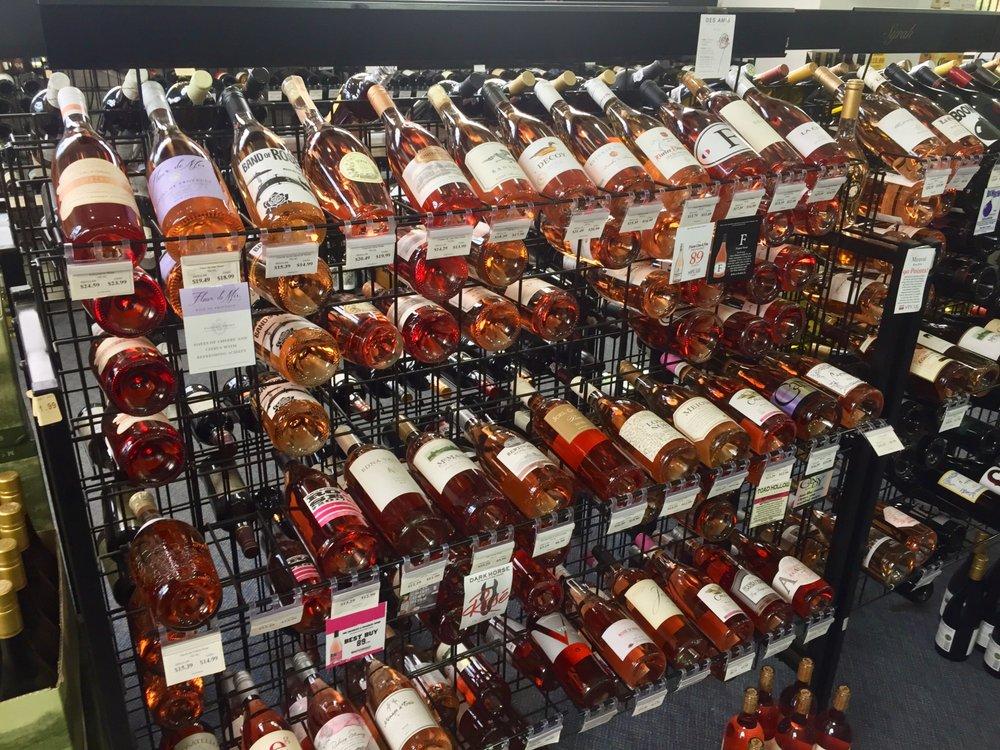 Lagrange Beverage Outlet: 1700 Lafayette Pkwy, Lagrange, GA