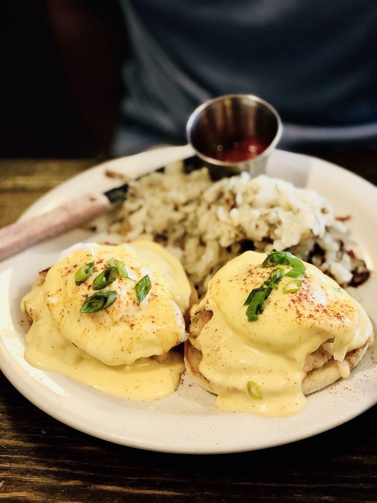 Bacon & Eggs: 57 E Main St, Walla Walla, WA