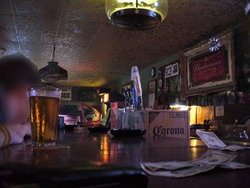 D & J Bar & Grill: 645 W Broadway St, Breckenridge, MO
