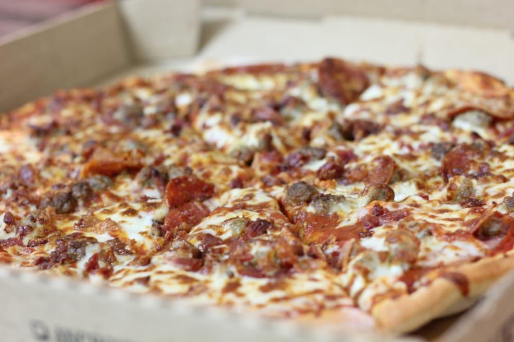 Main Street Pizza: 309 E Main St, Linn, MO