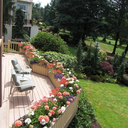 Photo Of Secret Gardens Landscaping   Woodinville, WA, United States.  Container Color Planting