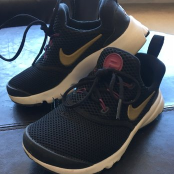 dae7f9c44f06 Nike Clearance Store - 266 Photos   429 Reviews - Shoe Stores - 1275 ...