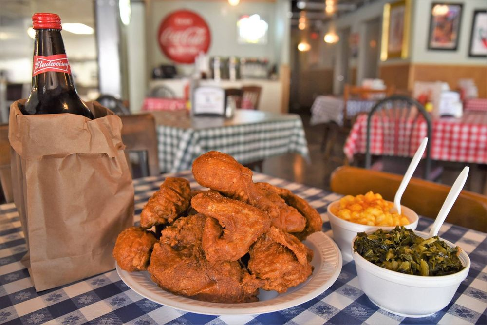 Food from Gus's Fried Chicken
