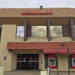 Wells Fargo Bank 11 Photos Amp 34 Reviews Banks Amp Credit