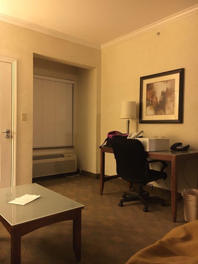 Holiday Inn Express & Suites Lufkin South: 4404 S 1st St, Lufkin, TX