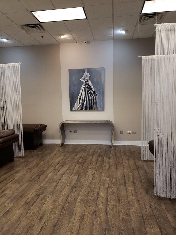 Manhattan Eyelash Extension Salon: 8 S Dunton Ave, Arlington Heights, IL