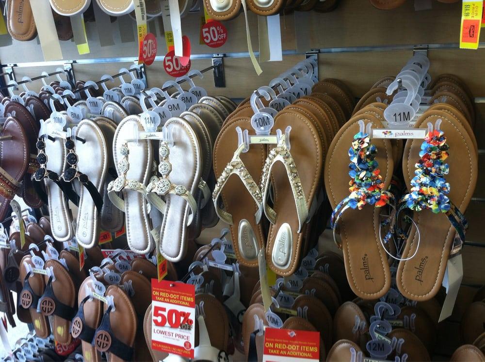 Shoe Dept.: 5059 Fayetteville Rd, Lumberton, NC