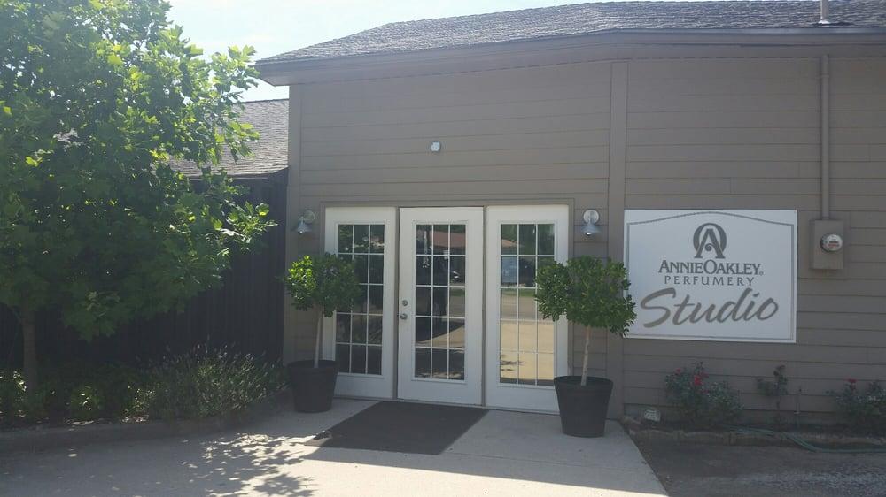 Annie Oakley Natural Perfumery: 300 Johnson St, Ligonier, IN