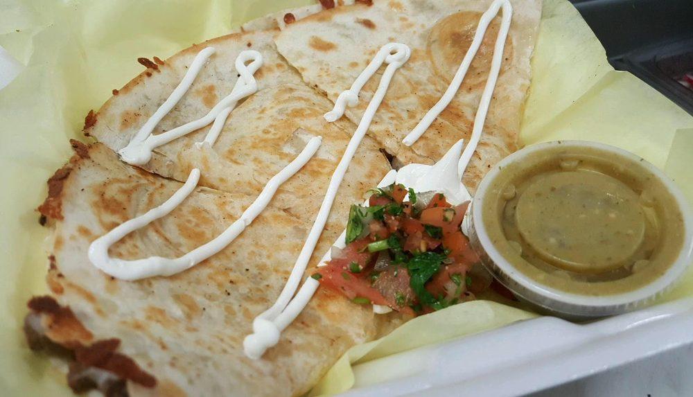 El Torito's Tacos: 22520 Sidding Rd, Bakersfield, CA