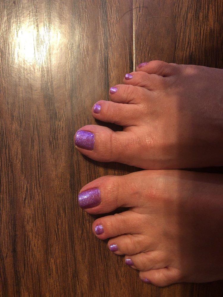 TT Nails and Spa: 1125 N Simpson Dr, Warrensburg, MO