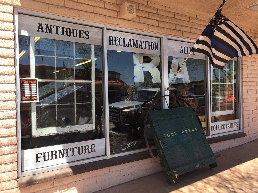 Reclamation Alley: 2109 McCulloch Blvd N, Lake Havasu City, AZ