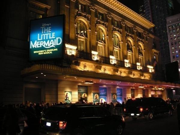 Restaurants Near Lunt Fontanne Theatre New York