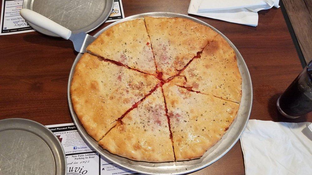 Vesuvio's Pizzeria & Ristorante: 366 W Butler Dr, Drums, PA