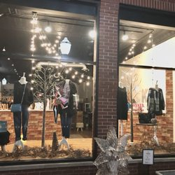 Photo of Kelsey Resale Boutique - Hinsdale, IL, United States.