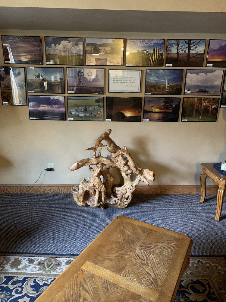 Park View Inn & Suites and Conference Center: 13 4th St NE, West Bend, IA