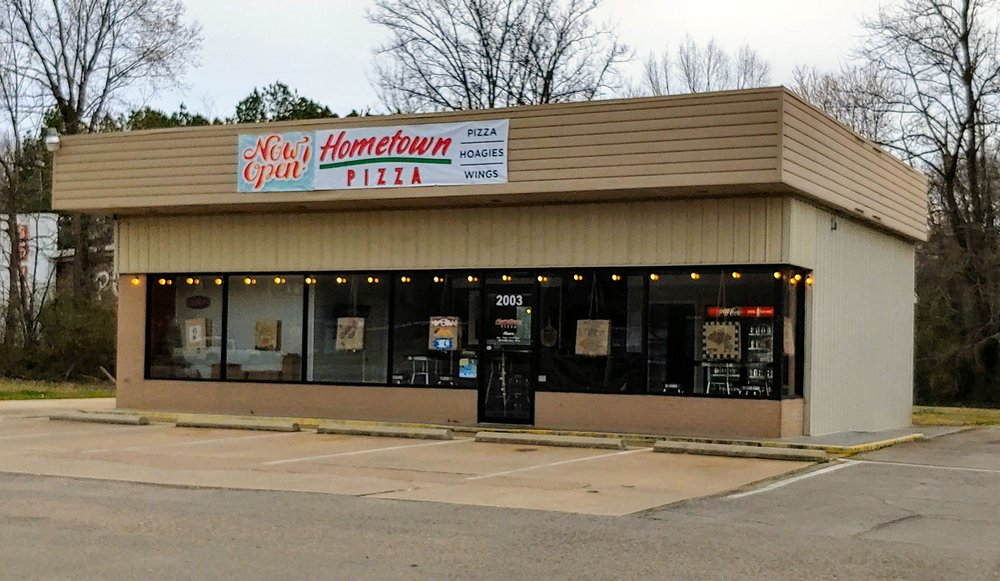 Hometown Pizza: 2003 Shiloh Rd, Corinth, MS