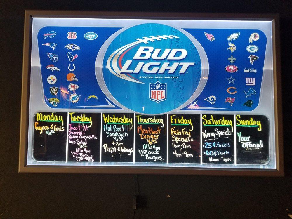 Arrow Sports Bar & Grill: 6202 Schofield Ave, Schofield, WI