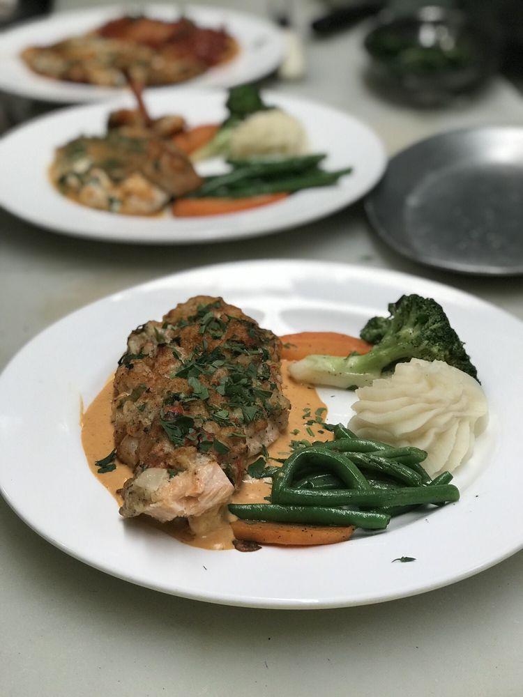 Pappadella's Restaurant: 129 Padanaram Rd, Danbury, CT
