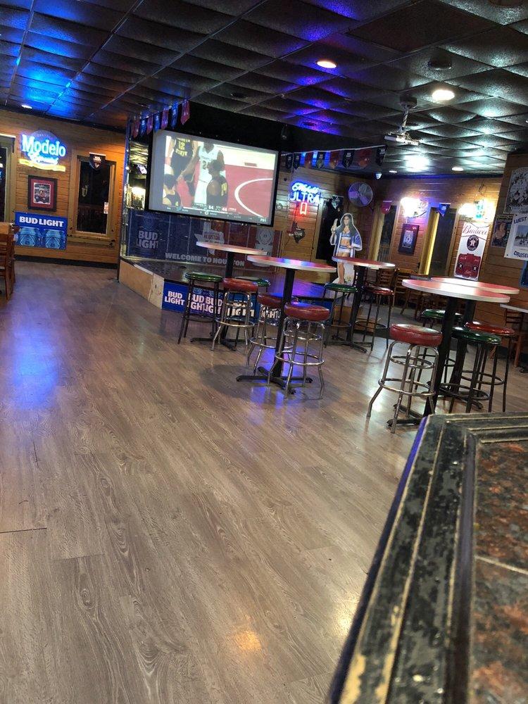The Duck Off Sports Bar: 2727 Murworth Dr, Houston, TX