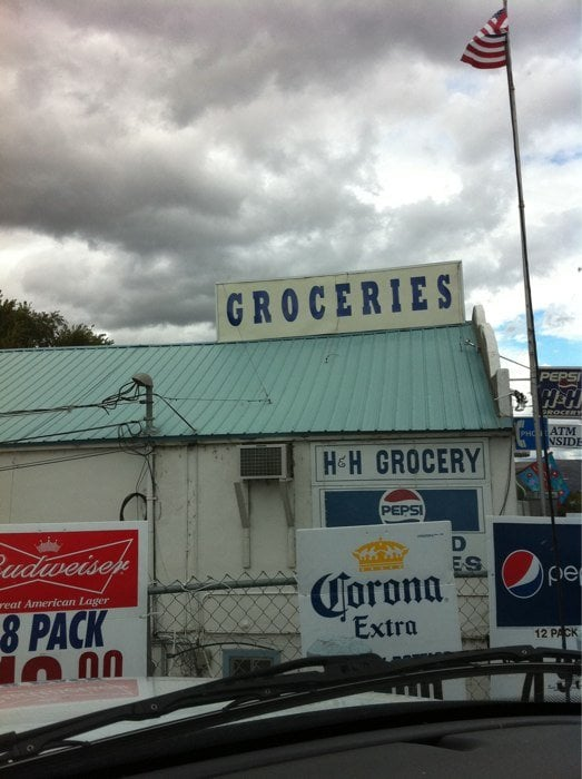 H & H Grocery: 119 Coulee Blvd E, Electric City, WA