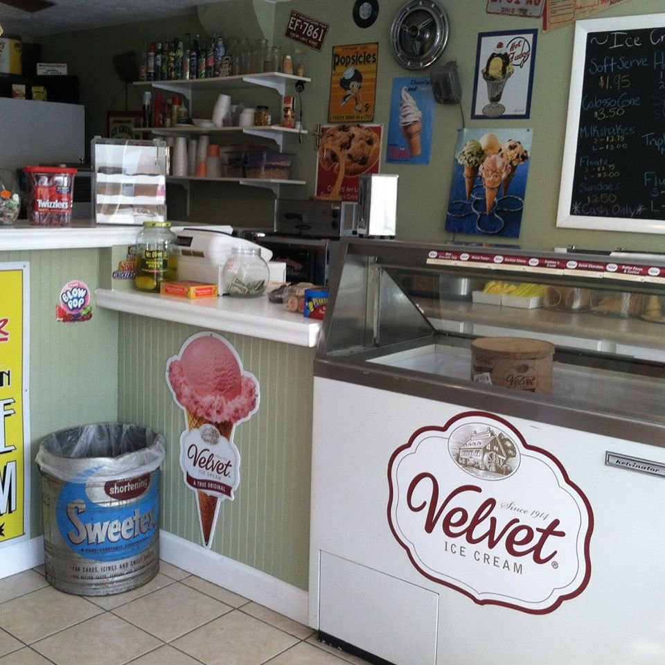 Olde Town Ice Cream: 226 Front St, New Richmond, OH