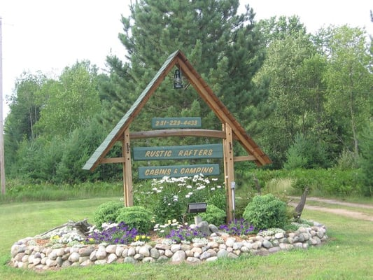 Rustic Rafters Cabins & Camping - Campgrounds - 9446 N