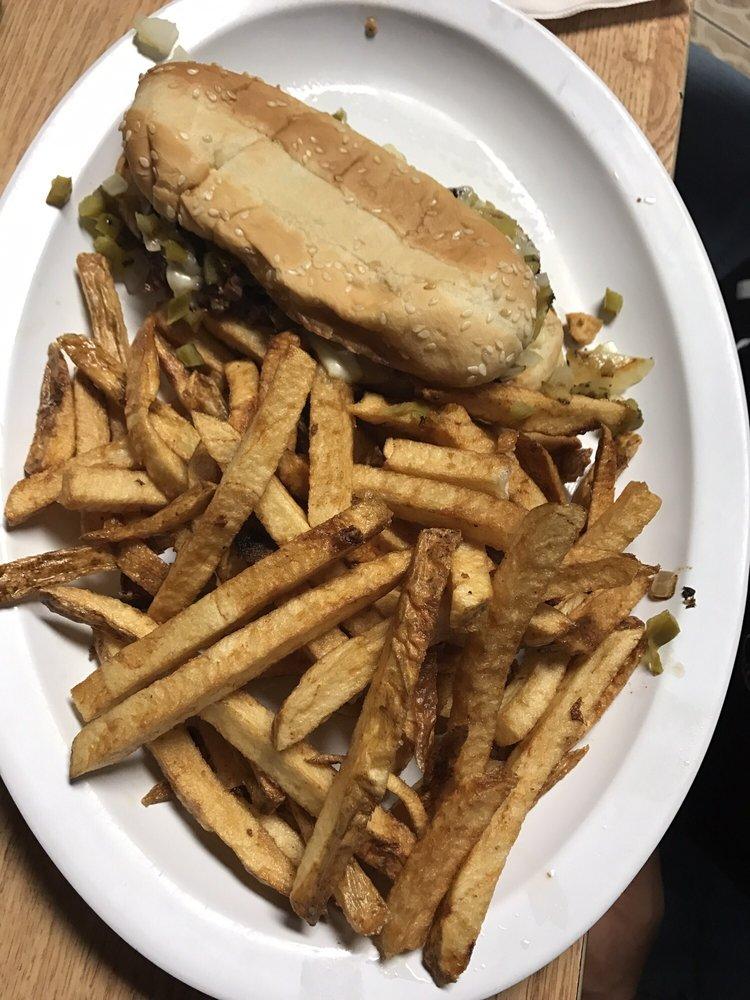 4 Star Diner: 800 S Paw Paw Rd, Roland, OK