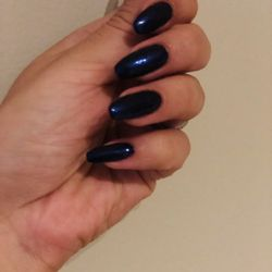 Nail places near me open late