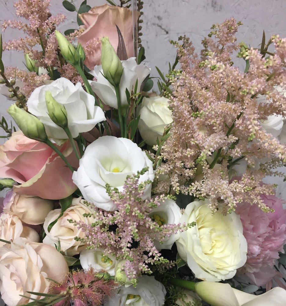 Designed Memories Florist: 116 Wilson St, Albemarle, NC