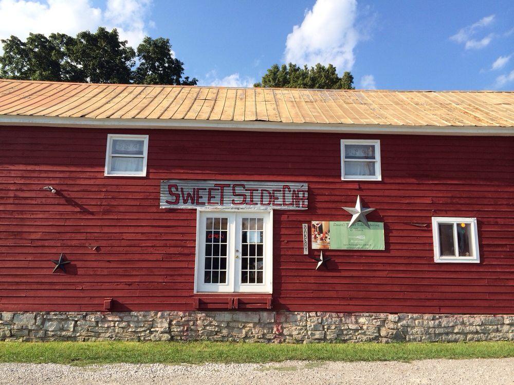 Sweet Side Cafe & Catering: 1340 Hwy 99, Chapel Hill, TN