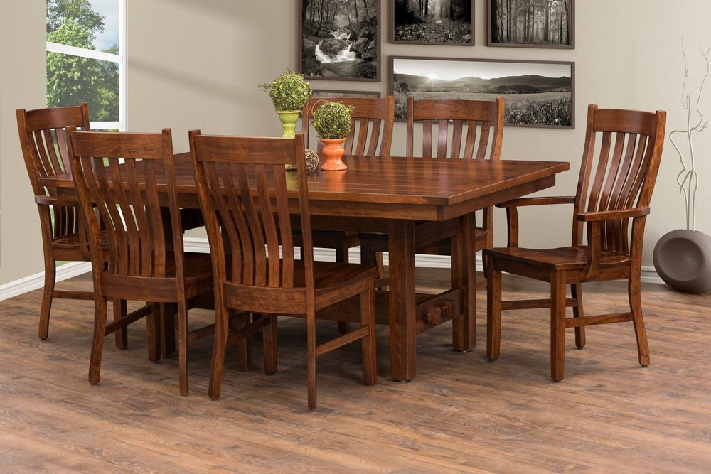 Derbyshire's Solid Wood Furniture