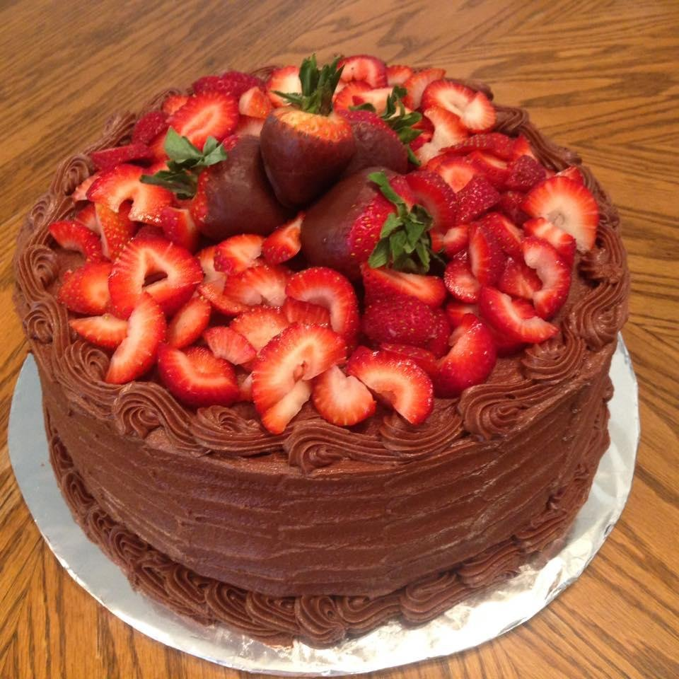 Doria's Cakes: 18229 San Marcos Hwy, Martindale, TX