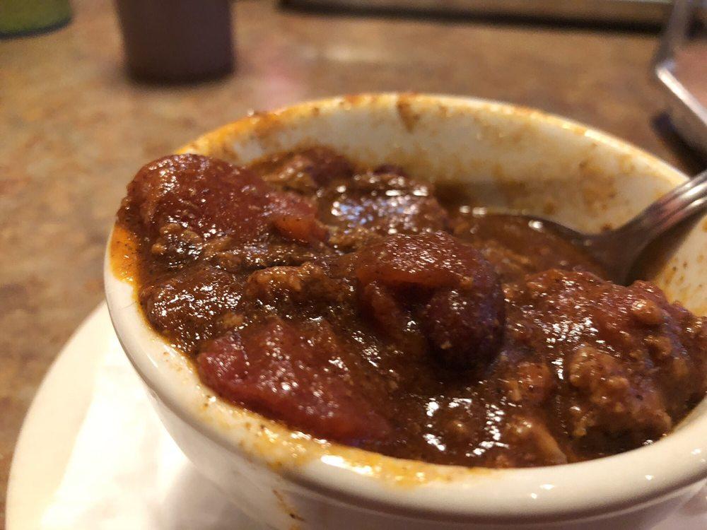 Claxon's Smokehouse & Grill: 3131 8th St SW, Altoona, IA
