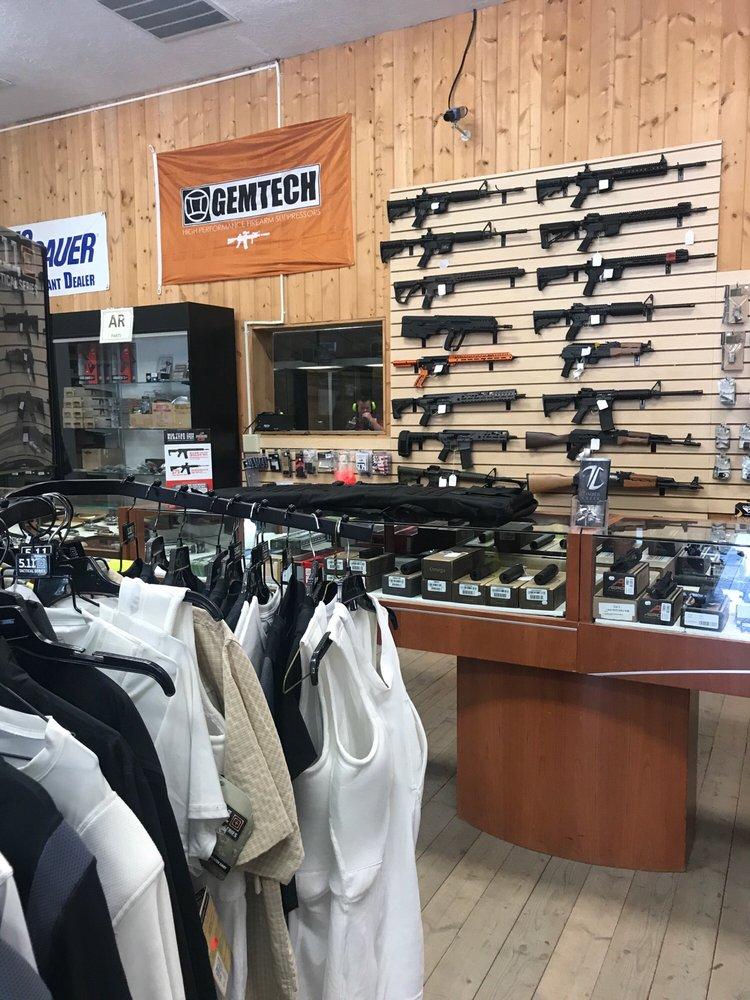Discount Guns & Ammo: 712 West 1300 North, Springville, UT