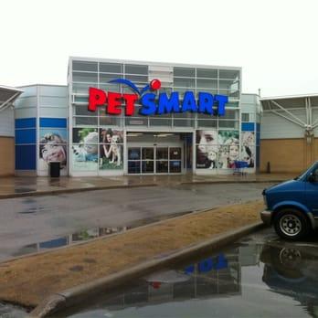 Petsmart Pet Stores 2501 Hyde Park Gate Oakville On