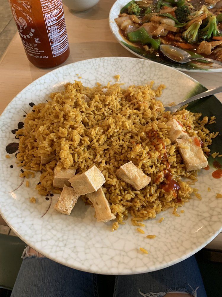Happy Wok: 552-2 Indian Boundary Rd, Chesterton, IN