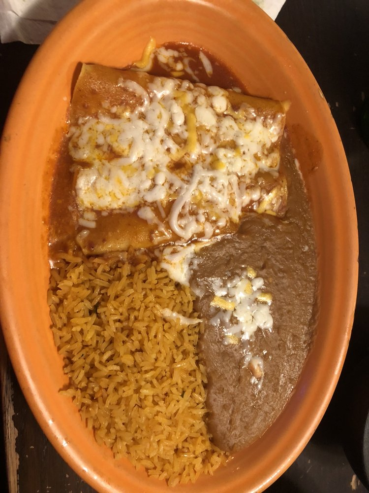 Plaza Mexico Restaurant Bar and Grill: 140 Fairview Dr, Emerald Isle, NC