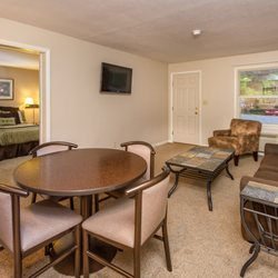 Photo Of Terrace Bay Hotel Gladstone Mi United States Double Suite Living